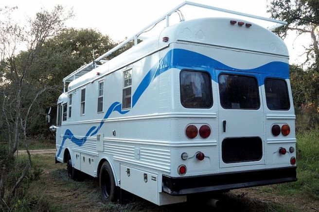 2002-Thomas-Bus-RV-1